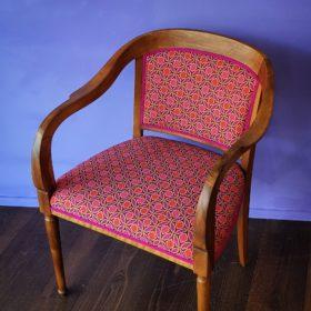 Polsterei Luzern, komplett restaurierter Stuhl