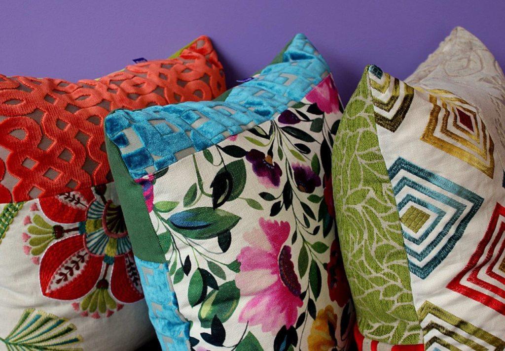 Designe-Kissen aus der Polsterwerkstatt Luzern, Monig Z'Rotz